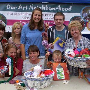 our art neighbourhood crafting